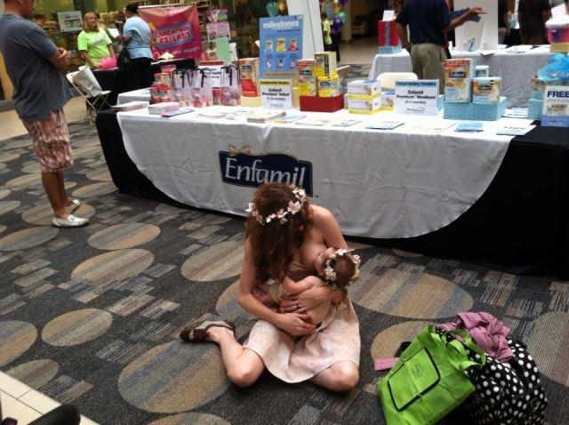 Elicia-Binman-breastfeeding-at-a-baby-fair-in-MN-8.3.2013